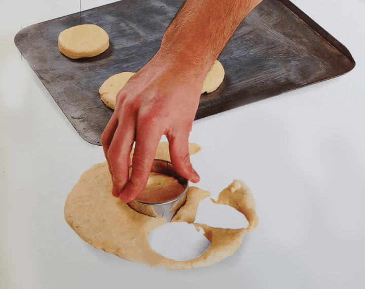 Cut out rounds with the pastry cutter