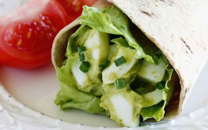 Skinny Avocado Egg Sandwich-avocado chicken salad-chicken salad-salad with avocado