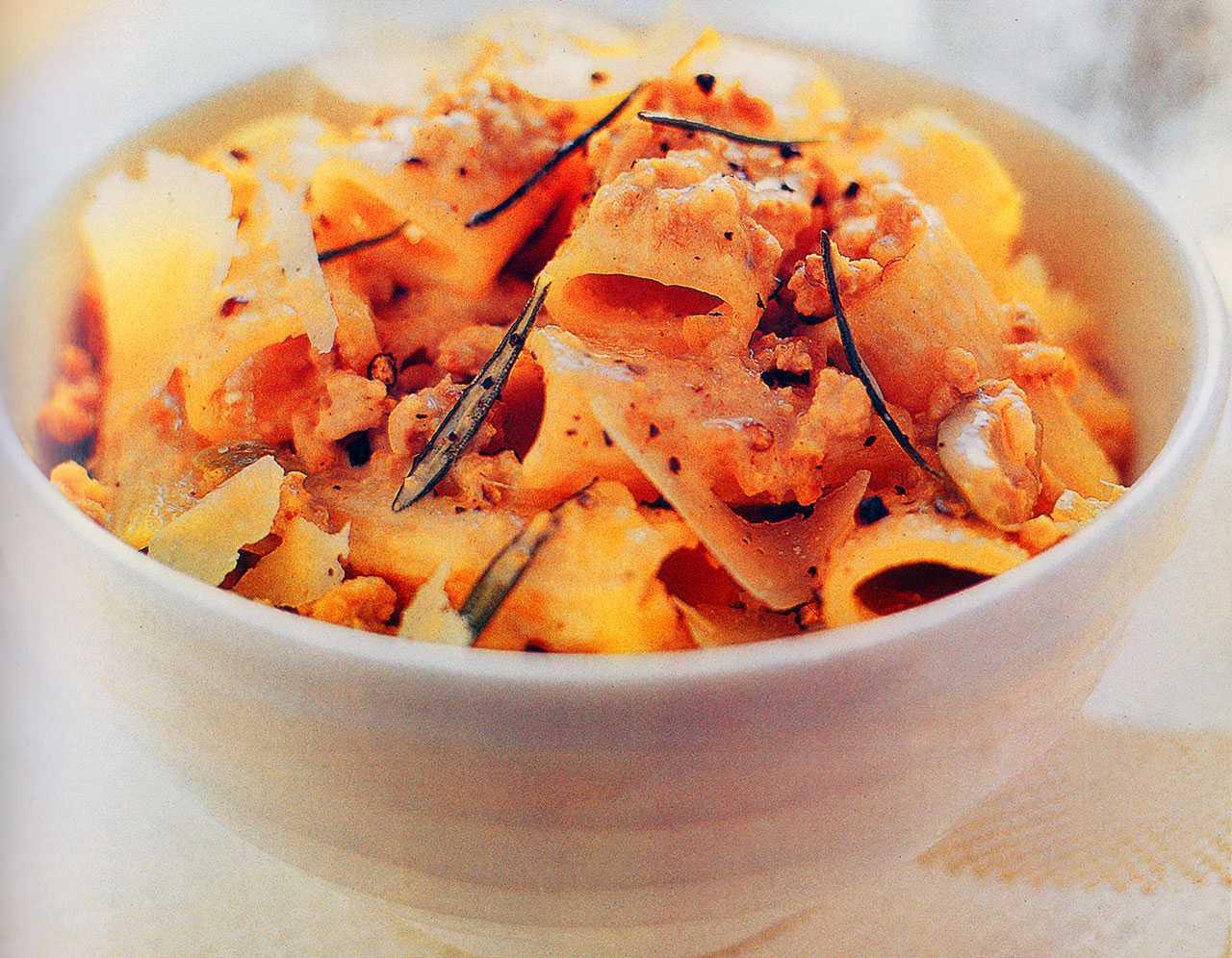 Sauce ragu bolognese pasta recipe-pork ragu pasta recipes
