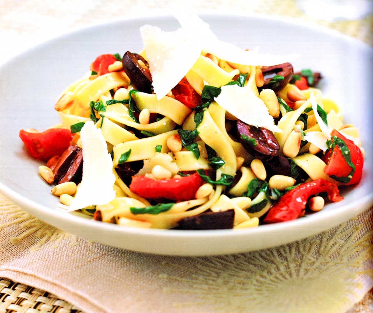 roasted vegetable pasta recipe-Tagliatelle With Sun-Blush Tomatoes And Toasted Pine Nuts
