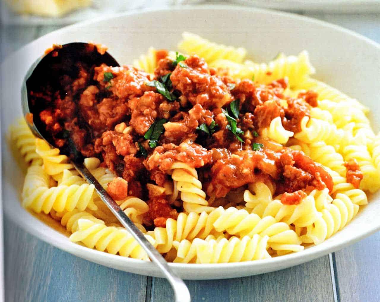 sausage regu pasta recipe-italian cooks country sausage ragu-easy-best-homemade-tips