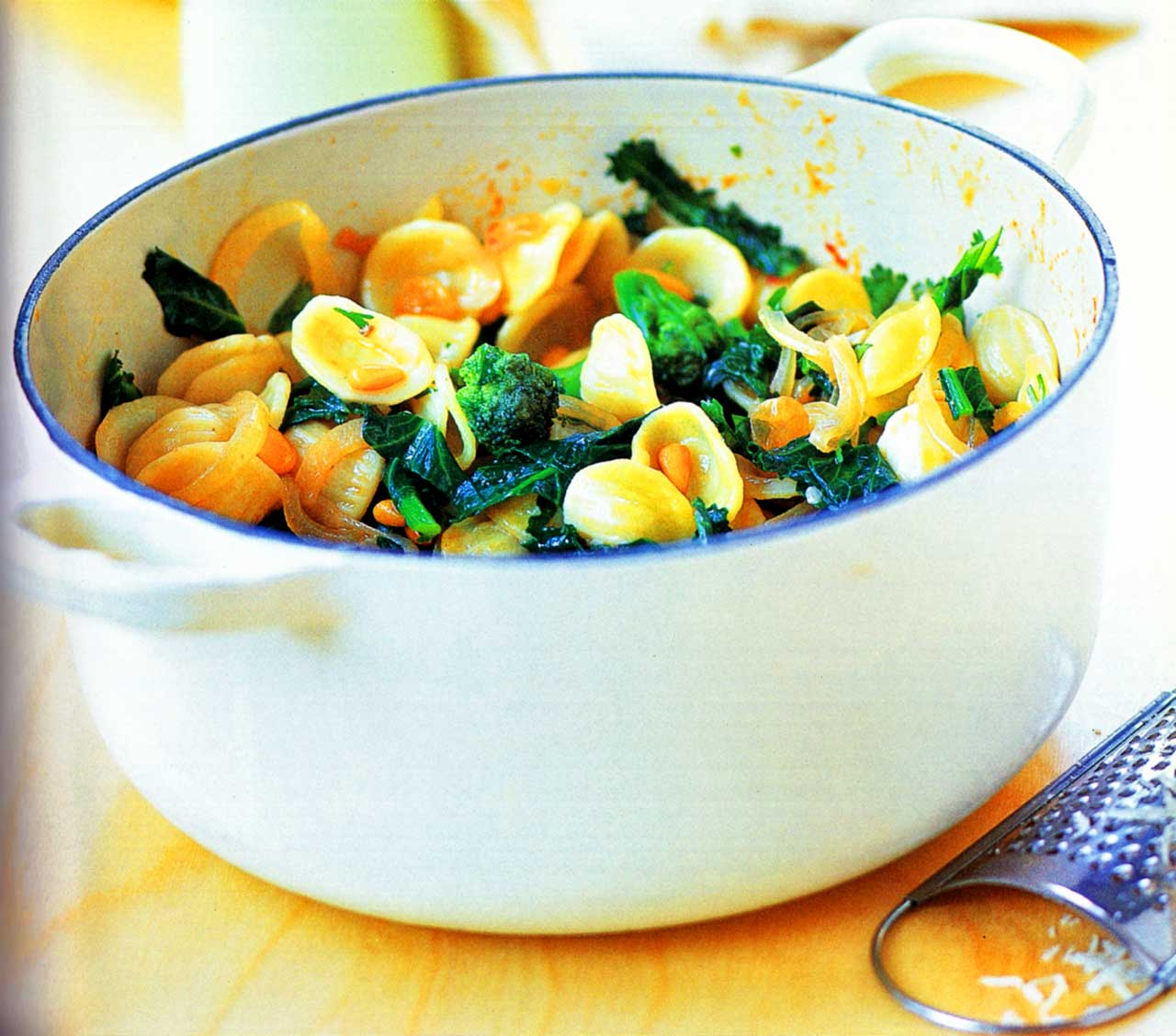 easy vegetarian recipe-Calabrese And Broccoli Arabesque