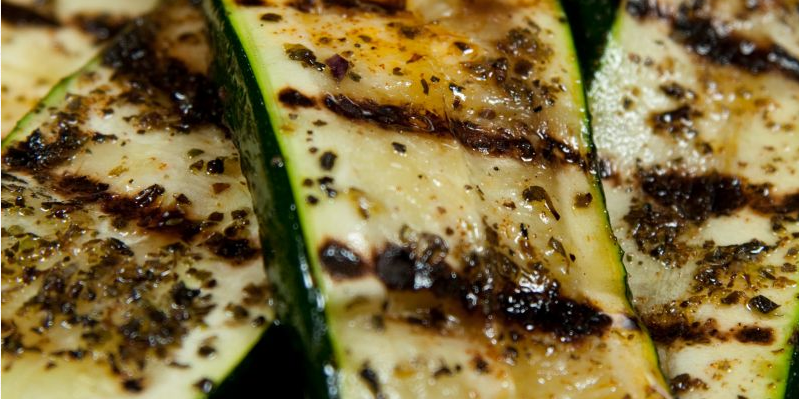 grilled cheese zucchini recipe-best grilled squash and zucchini salad-vegetarian www.eatopic.com
