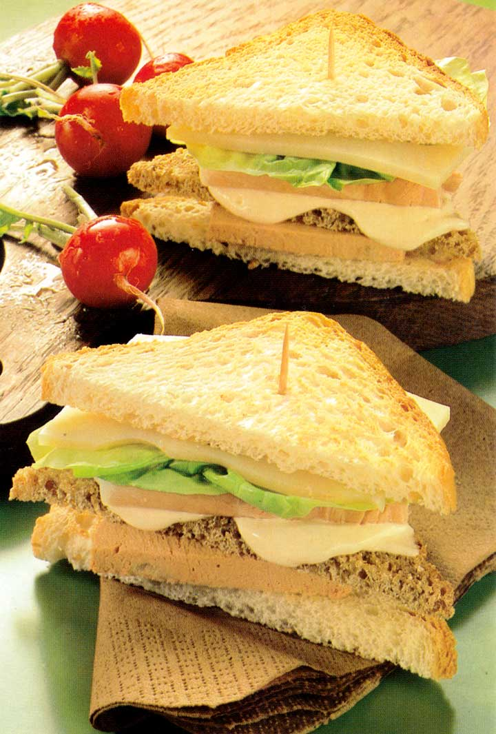 Easy Party Recipe-Club Sandwich-calories-www.eatopic.com