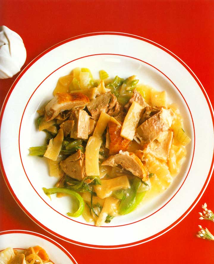 Sliced Duck with Bamboo Shoots and Broccoli Recipe-Easy chinese cuisine-protein-carbs-nutrition