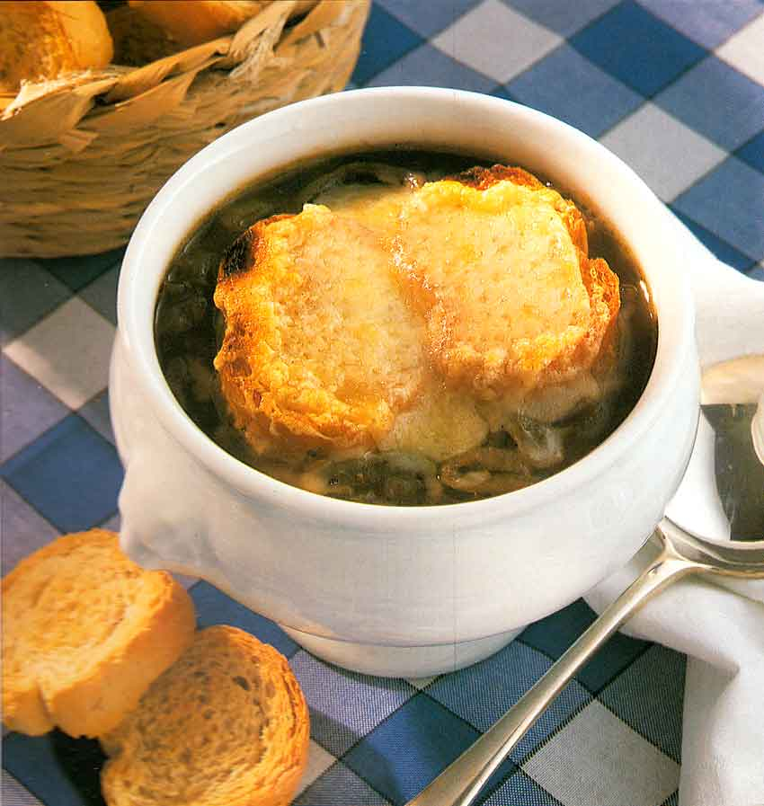 French Onion Soup Recipe-Soupe à l'Oignon Gratinée-french food-cuisine recipes-calories-Homemade
