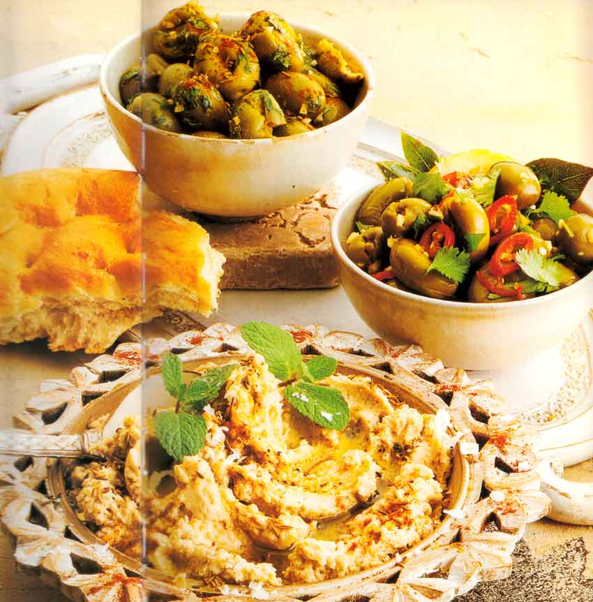 Mediterranean Appetizers: Spicy Moroccan Olives Recipe