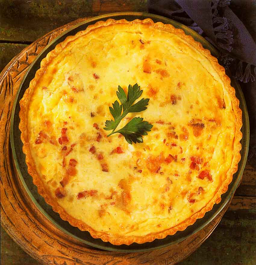 Cheese-and-bacon-quiche-Quiche-Savoyarde-brunch-breakfast-french-recipes