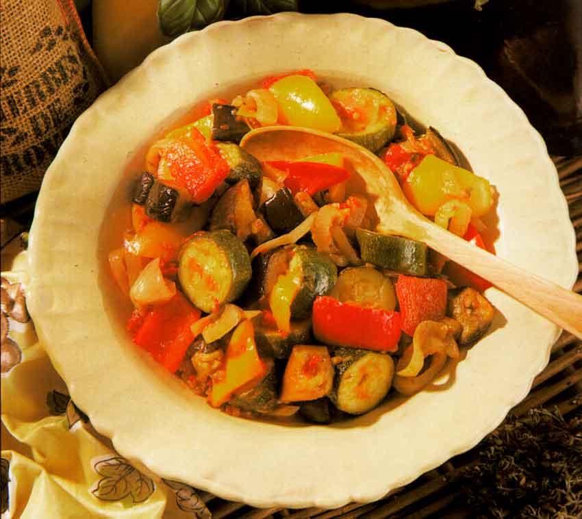 Provencal-vegetable-stew--Ratatouille-french-cuisine-calories-nutrition
