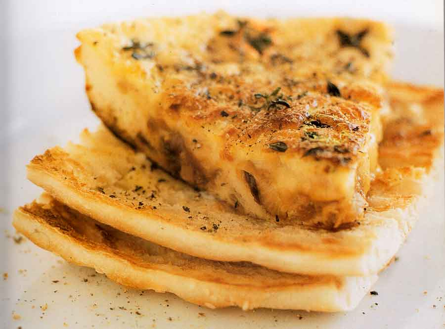 Caramelised-oni-on-frittata-calories-breakfest-nutrition-facts
