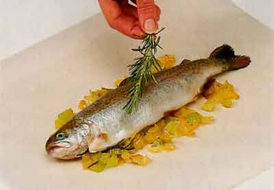Cooking-Fish-in-a-Parcel-step-by-step-with-photo-tips