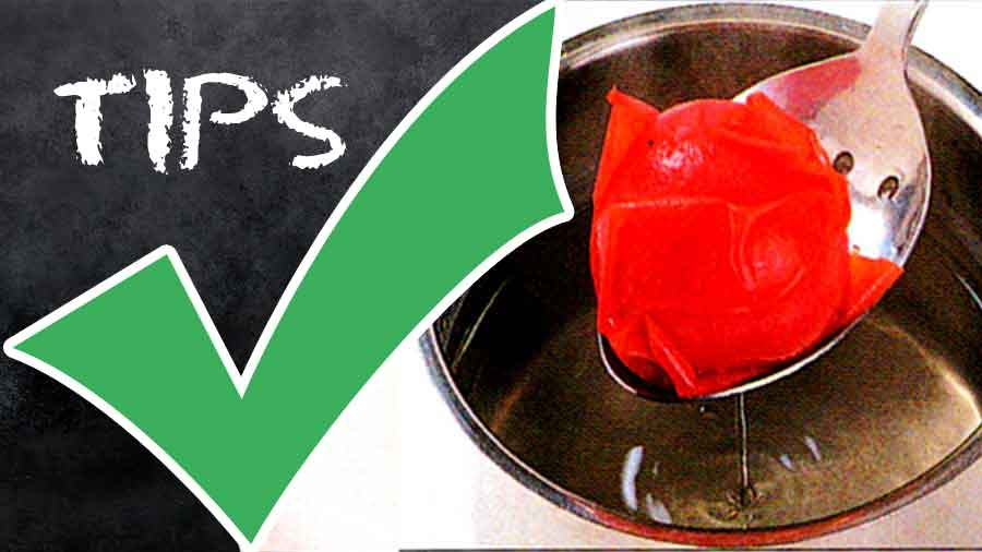 How-to-Peel-Deseed-and-Chop-Tomatoes-Step-by-step-tips