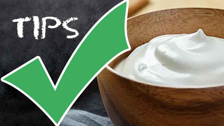 Milk and Cream-yogurt-coconut-sour-cream-buttermilk-calories-nutrition facts
