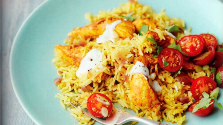 Steamed-Yoghurt-Chicken-and-Cumin-Rice-with-Spicy-Tomato-Salad-Recipe-diet-food
