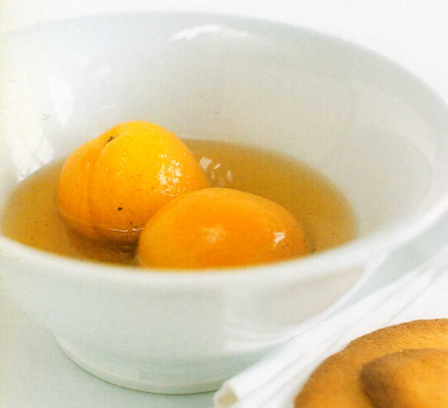Apricots-in-Sauternes-Syrup-Recipe-calories-nutrition-facts-fruit-desserts