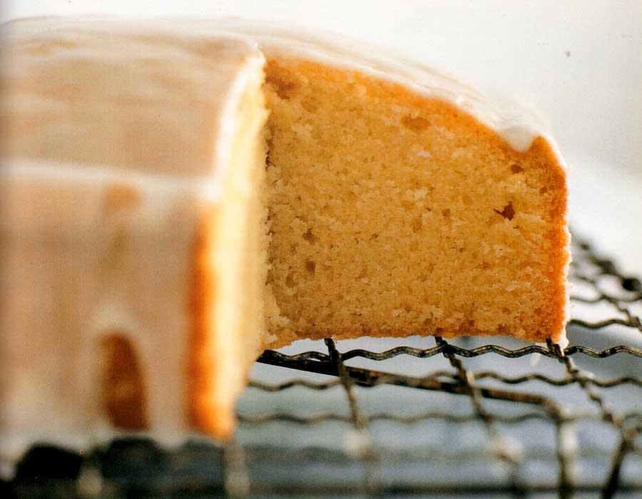 Easy-Pound-Cake-Recipe-calories-nutrition-facts-homemade-dessert