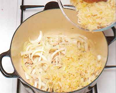 Sauerkraut-with-Pork-and-Sausages-Recipe-calories-Choucroute-Garnie-step-by-step-french-cuisine