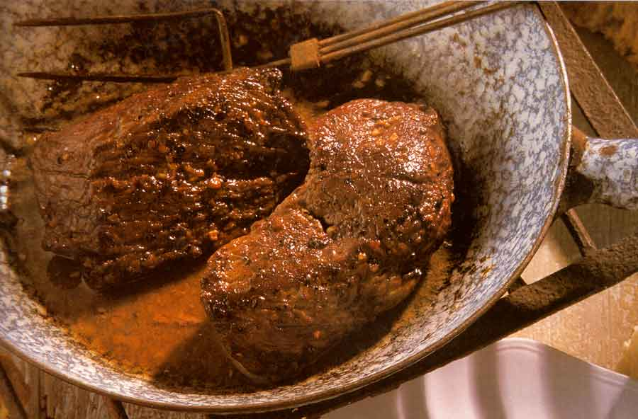 Venison-with-Roquefort-Butter-calories-Chevreuil-a-Roquefort-easy french recipes-meat-nutrition facts
